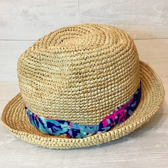 Lilly Pulitzer Accessories - Lilly Pulitzer Poolside Hat f34b0a4fcceb